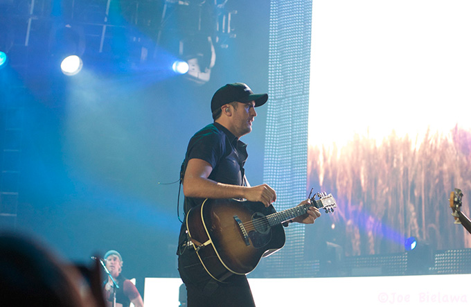 Luke Bryan with guitar